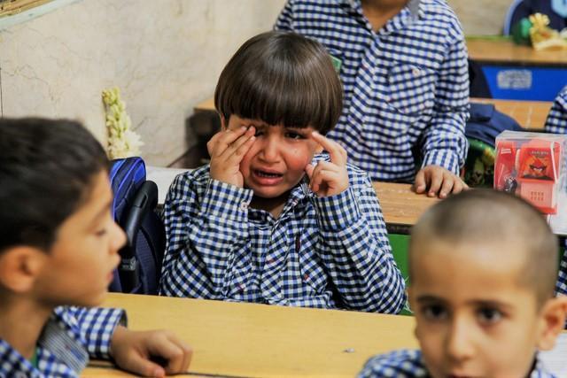 10 روش درمان استرس و اضطراب جدایی در بچه ها کلاس اولی و ابتدایی در مدرسه