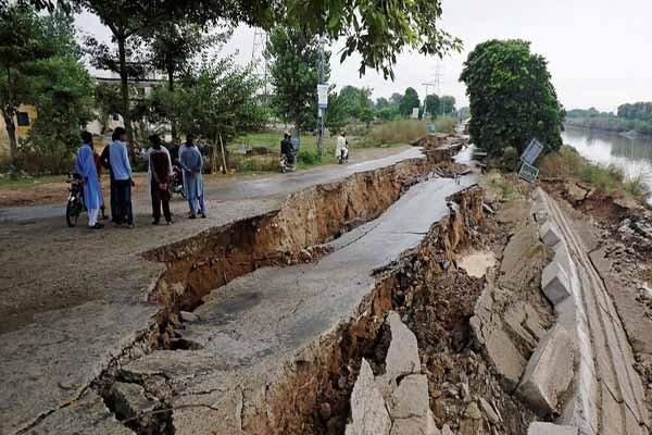 تلفات زلزله پاکستان به 34 کشته و 459زخمی افزایش یافت