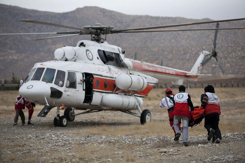 مادر باردار با بالگرد اورژانس هوایی به بیمارستان منتقل شد