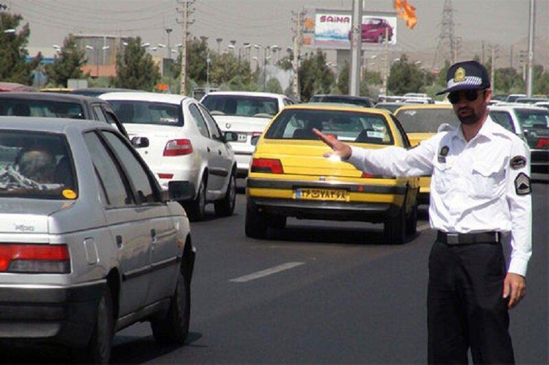 شرایط ترافیکی مناسب در محور های منتهی به پایانه مرزی مهران، تکمیل ظرفیت پارکینگ های داخل شهر مهران