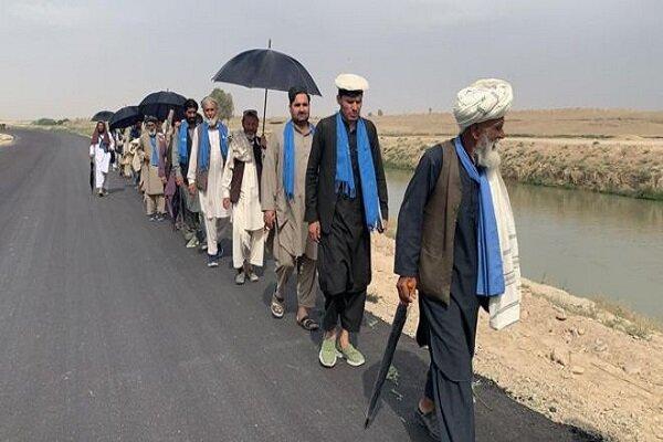 ربوده شدن 25 عضو کاروان صلح هلمند از سوی طالبان