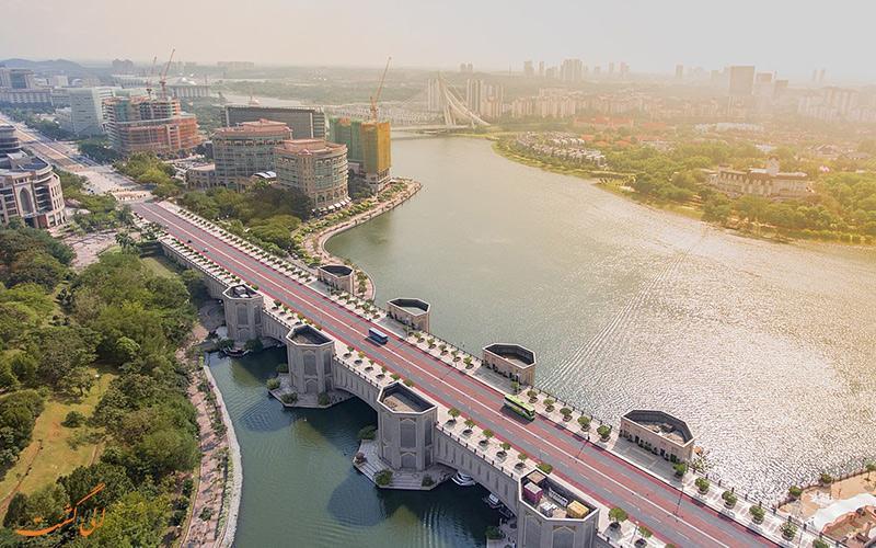 پل پوترا در کوالالامپور، خواهرخوانده پل خواجو اصفهان