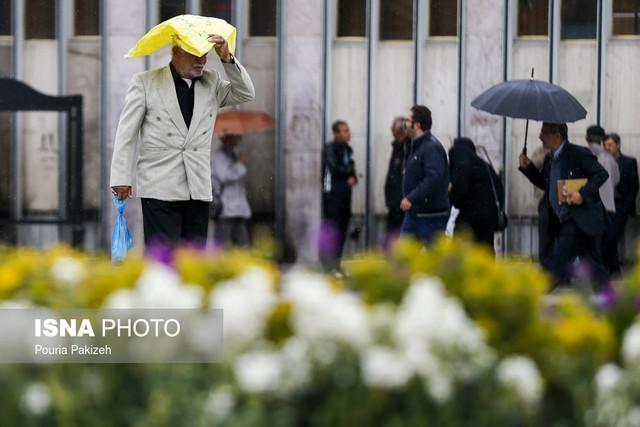 پیش بینی بارش های رگباری از فردا در همدان
