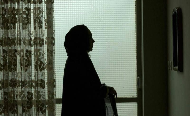 زنی که بدون اطلاع همسرش به مهمانی شبانه رفت و شوهرش را آنجا دید