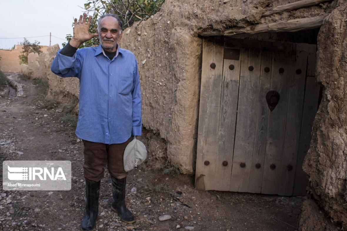 خبرنگاران پوشش 60 درصدی بیمه روستاییان اسفراین
