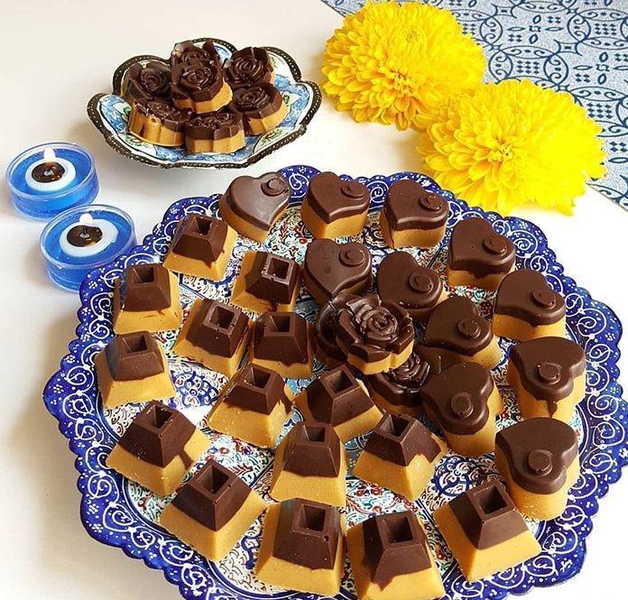 طرز تهیه شیرینی برشتوک نخودچی ساده و شکلاتی بدون فر