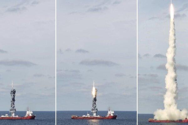 چین 9 ماهواره را از طریق دریا به فضا فرستاد