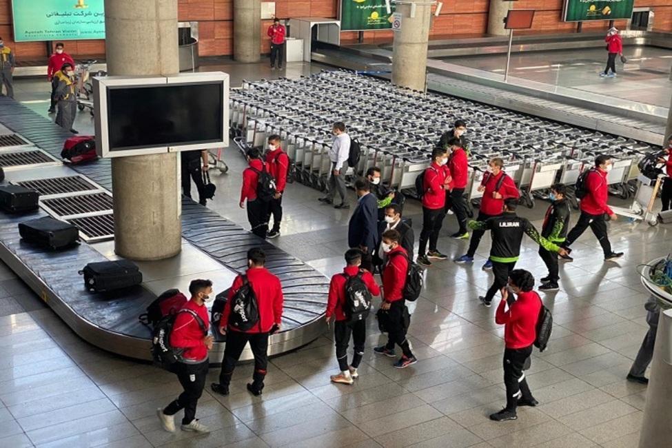 بازگشت کاروان مشترک تیم های ملی فوتبال و فوتسال