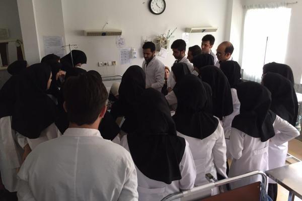 تدوین برنامه کنترل و کاهش آسیب های اجتماعی در محیط های دانشجویی