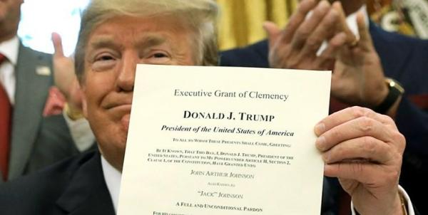 آکسیوس: ترامپ امروز شماری از نزدیکانش را عفو می نماید