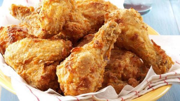 طرز تهیه مرغ سوخاری در فر به 3 روش
