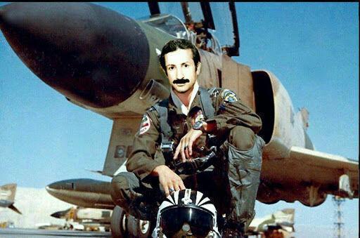 خبرنگاران خلبان شهید خلعتبری یک سردار ملی است