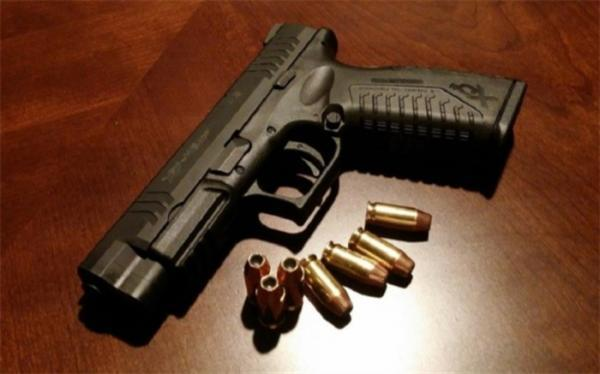 اقدام عجیب زن شیطان صفت و شلیک گلوله به کودکش